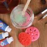 How to Clean Acrylic Paint Brushes [The Cleaning Guide]